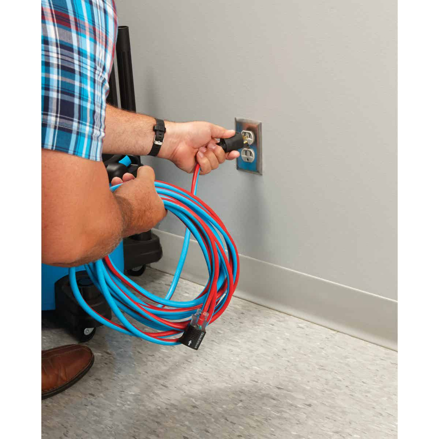 Channellock 25 Ft. 14/3 Extension Cord Image 3